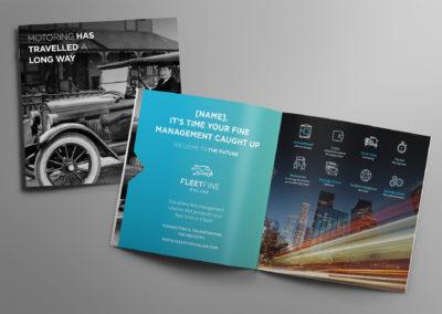 03-brochure-square-mockup